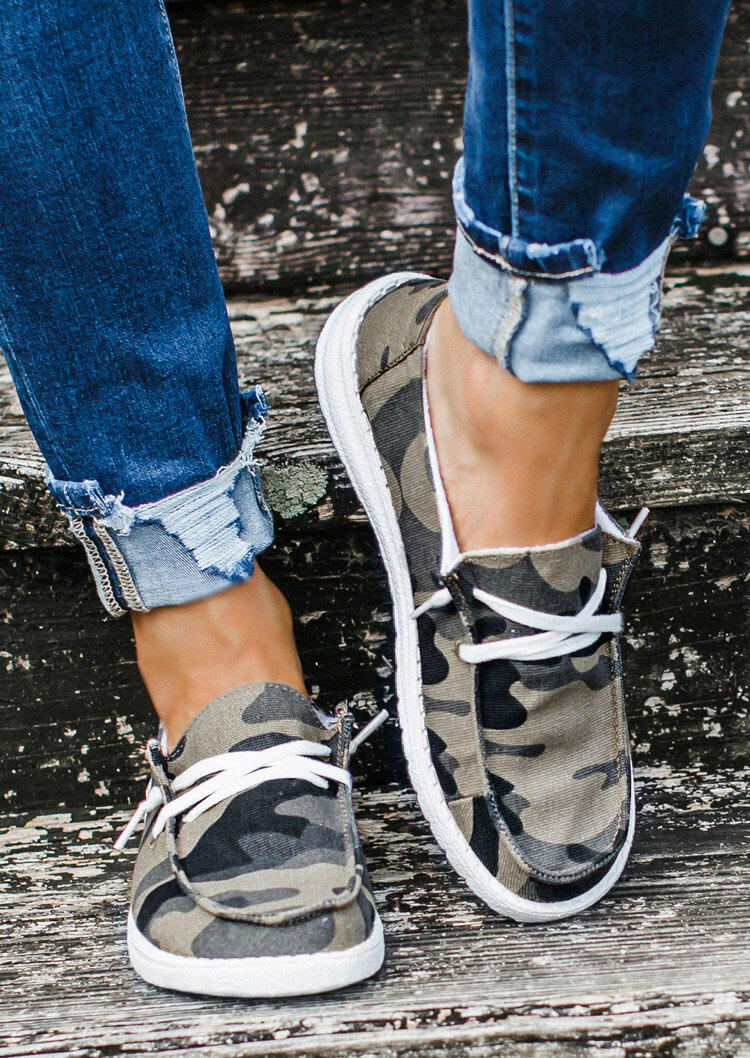 Camouflage Lace Up Flat Sneakers
