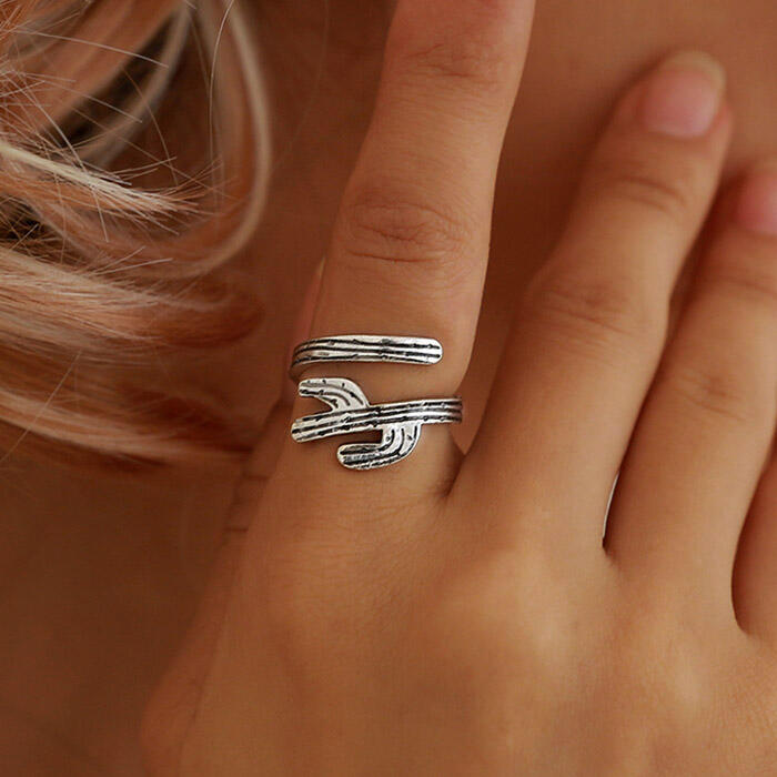 Vintage Alloy Cactus Open Ring
