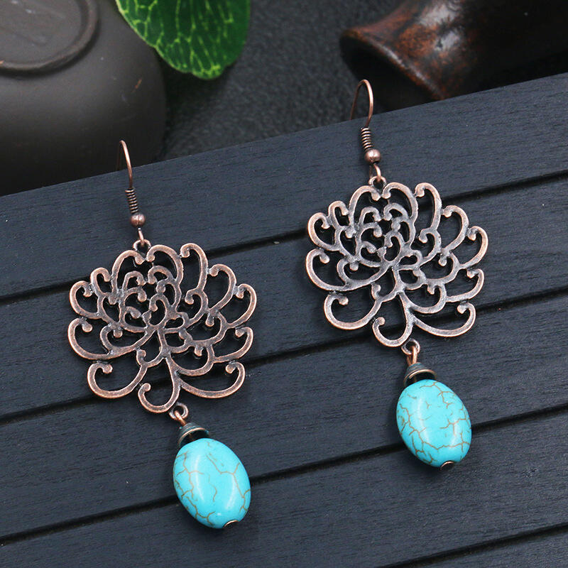 Vintage Hollow Out Flower Turquoise Pendant Earrings