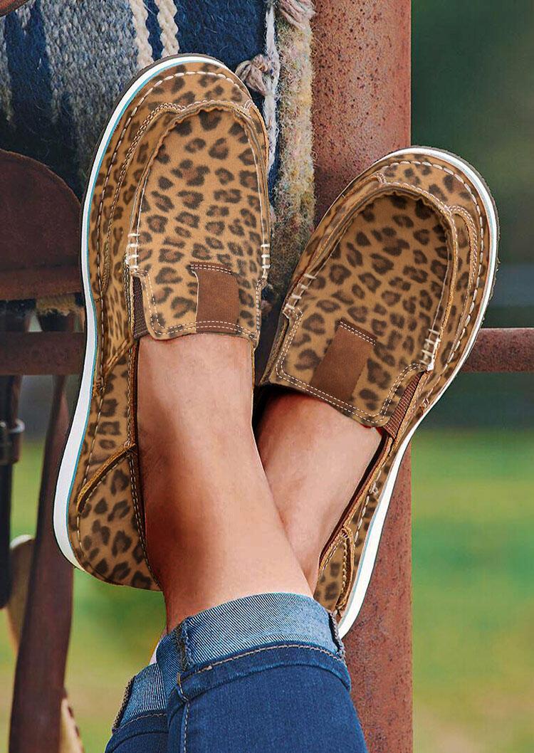 Leopard Slip On Round Toe Flat Sneakers