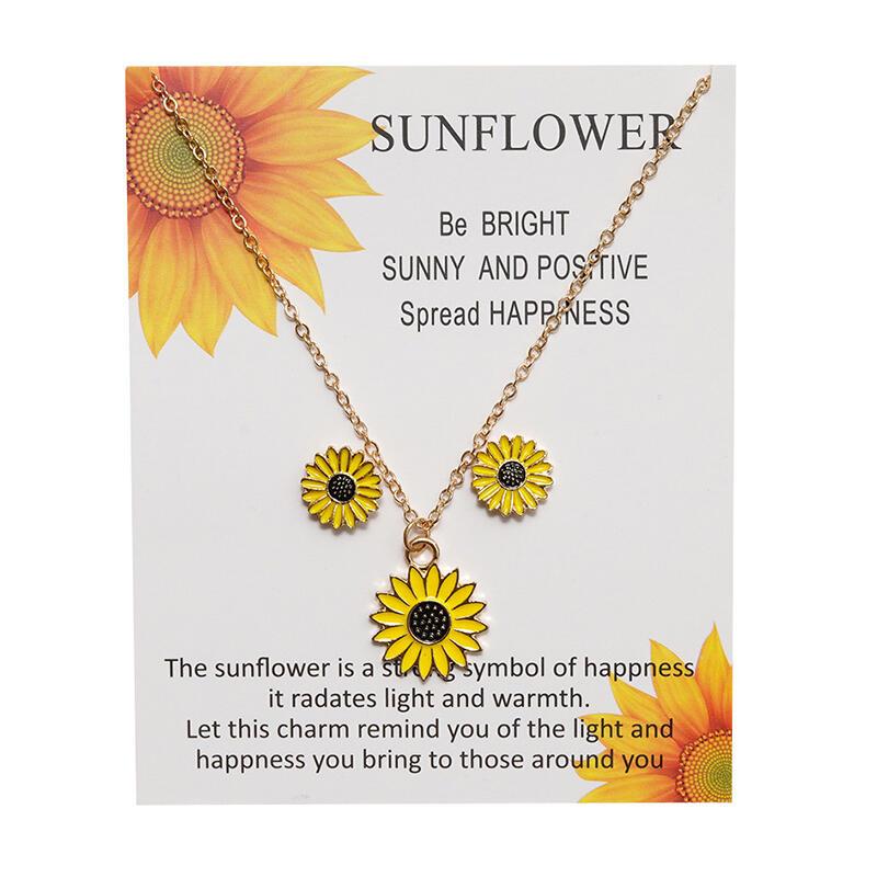 Adjustable Sunflower Alloy Pendant Necklace - Gold