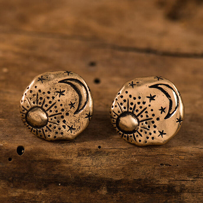 Vintage Carved Graffiti Star And Moon Earrings