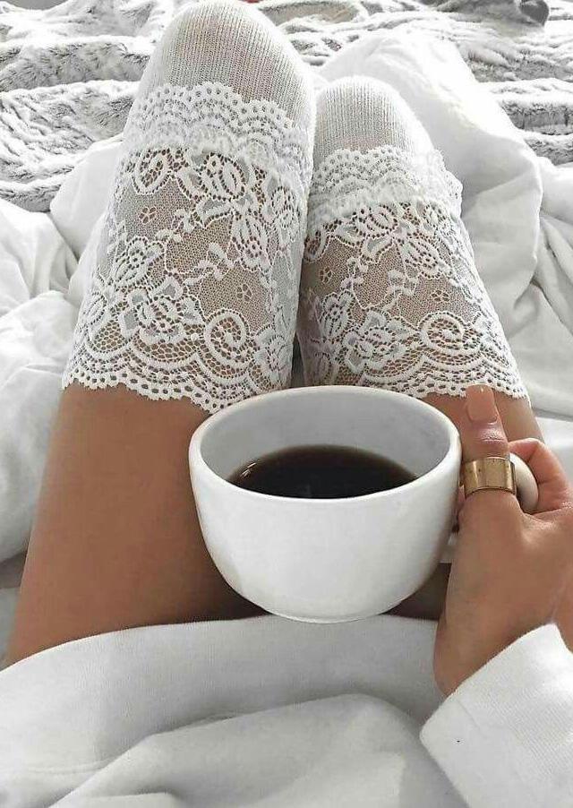 Lace Splicing Thigh-High Socks