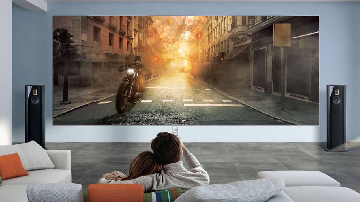 samsung devoile une gigantesque tv a plus d un million d euros