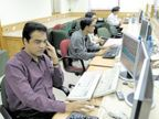 Sensex falls sharply by 333 points, Nifty falls below 15,650, down 105 points;  Selling In Media, Realty And Auto Stocks Business,Business - Dainik Bhaskar