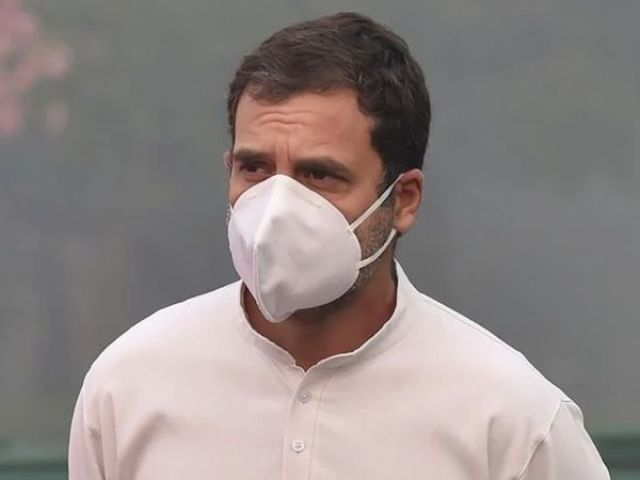 Last year, when the central government imposed a complete lockdown across the country.  It was then opposed by Rahul Gandhi.  (File photo) - Dainik Bhaskar