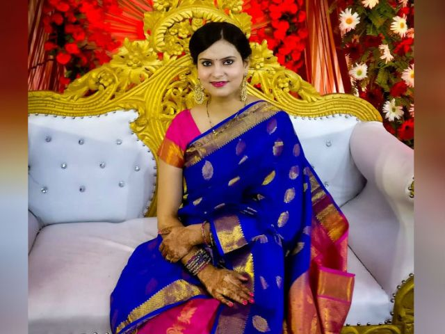 Pooja says that in six months I have made a profit of 50 thousand.  After better returns, I also encouraged my sister-in-law to invest.