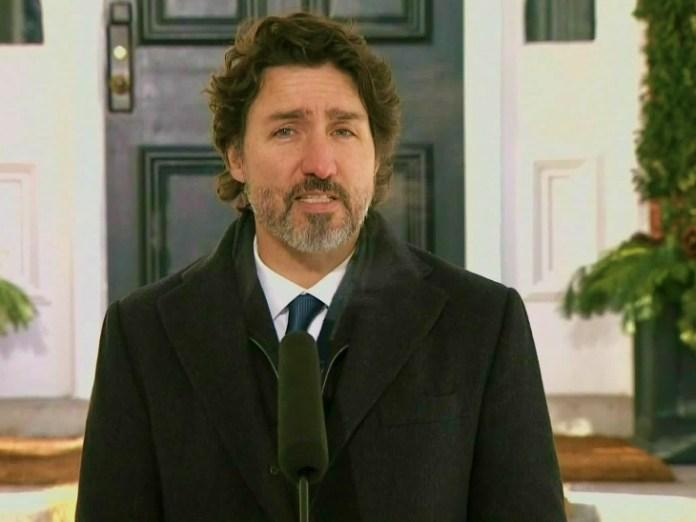 शुक्रवार शाम देश को संबोधित करते कनाडा के प्रधानमंत्री जस्टिन ट्रूडो।