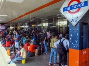 केजरीवाल की मोदी को चिट्ठी: कहा- दिल्ली में कोरोना के लिए 7000 बेड रिजर्व किए जाएं, ऑक्सीजन भी तुरंत मुहैया करवाएं