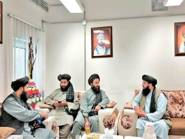 The picture is from the Spin Boldak district of Afghanistan, where Taliban terrorists are partying in the customs office.