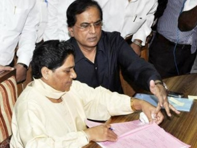In 2007, Satish Chandra Mishra had connected Brahmins with BSP.