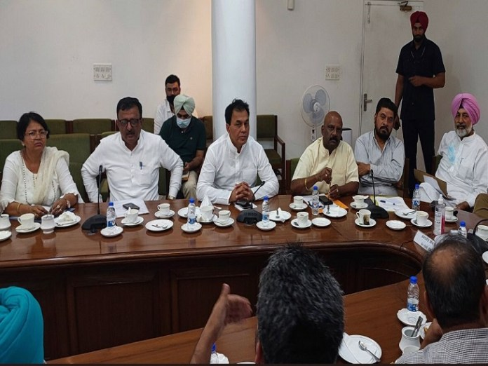 MLAs present in the meeting