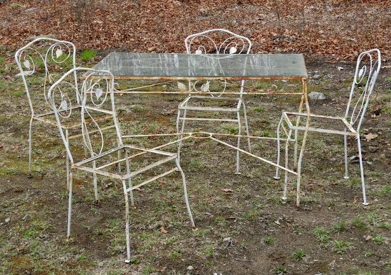 vintage wrought iron white leaf patio set