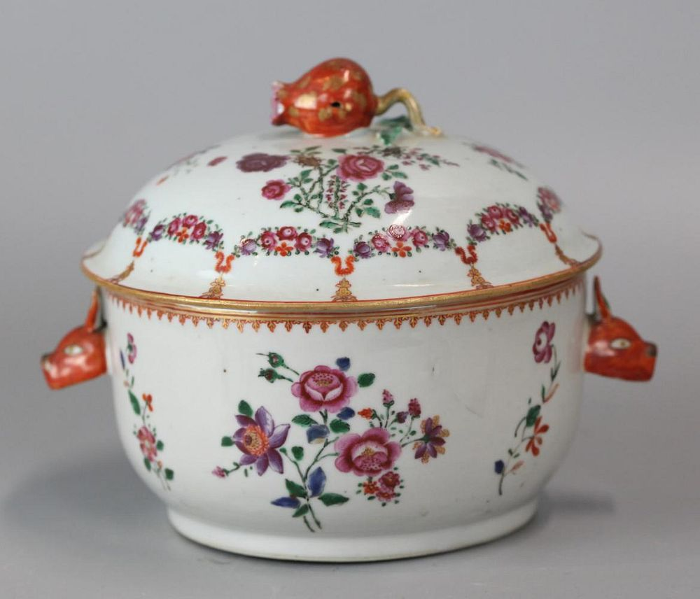 Chinese export porcelain soup tureen, possibly 18th c.