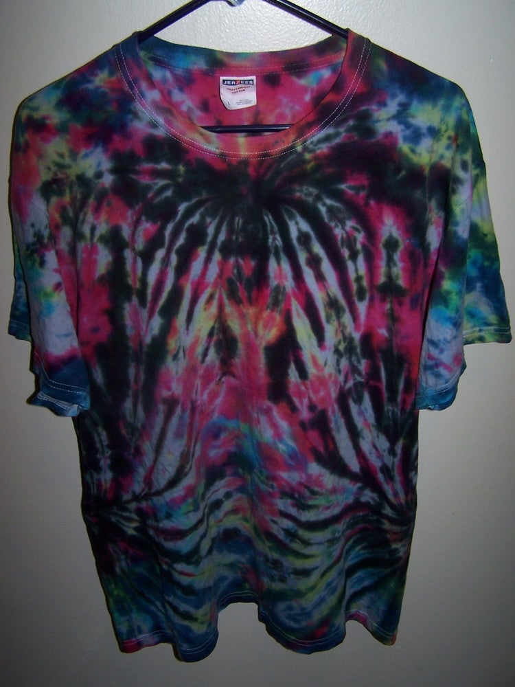 Chaotic Neutrality Tie Dye Shirt Double Spider Pattern