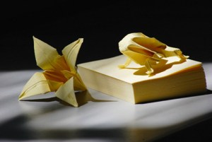You Won't Believe the Origami Creations These Artists Have Made with the Humble PostIt Note