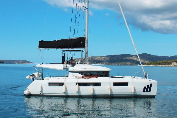 Lagoon50 Bateaux En Vente Boats Com