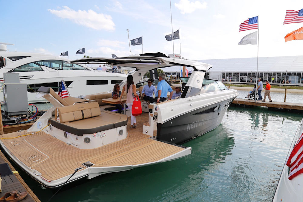 Hot New Boats And Gear At The 2017 Miami International Boat Show