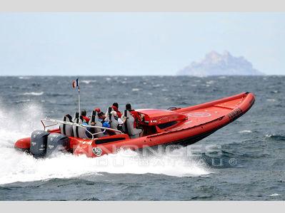 bateaux semi rigides pneumatiques a