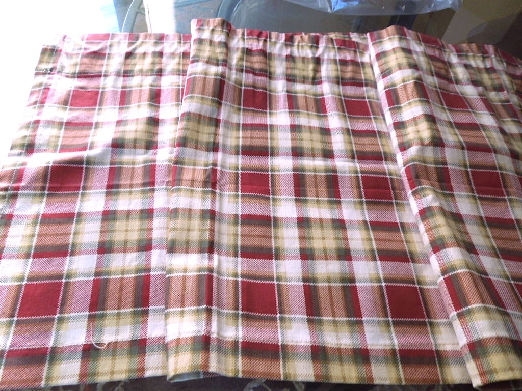 Rustic Plaid Tailored Cotton Valance Rust Green Yellow