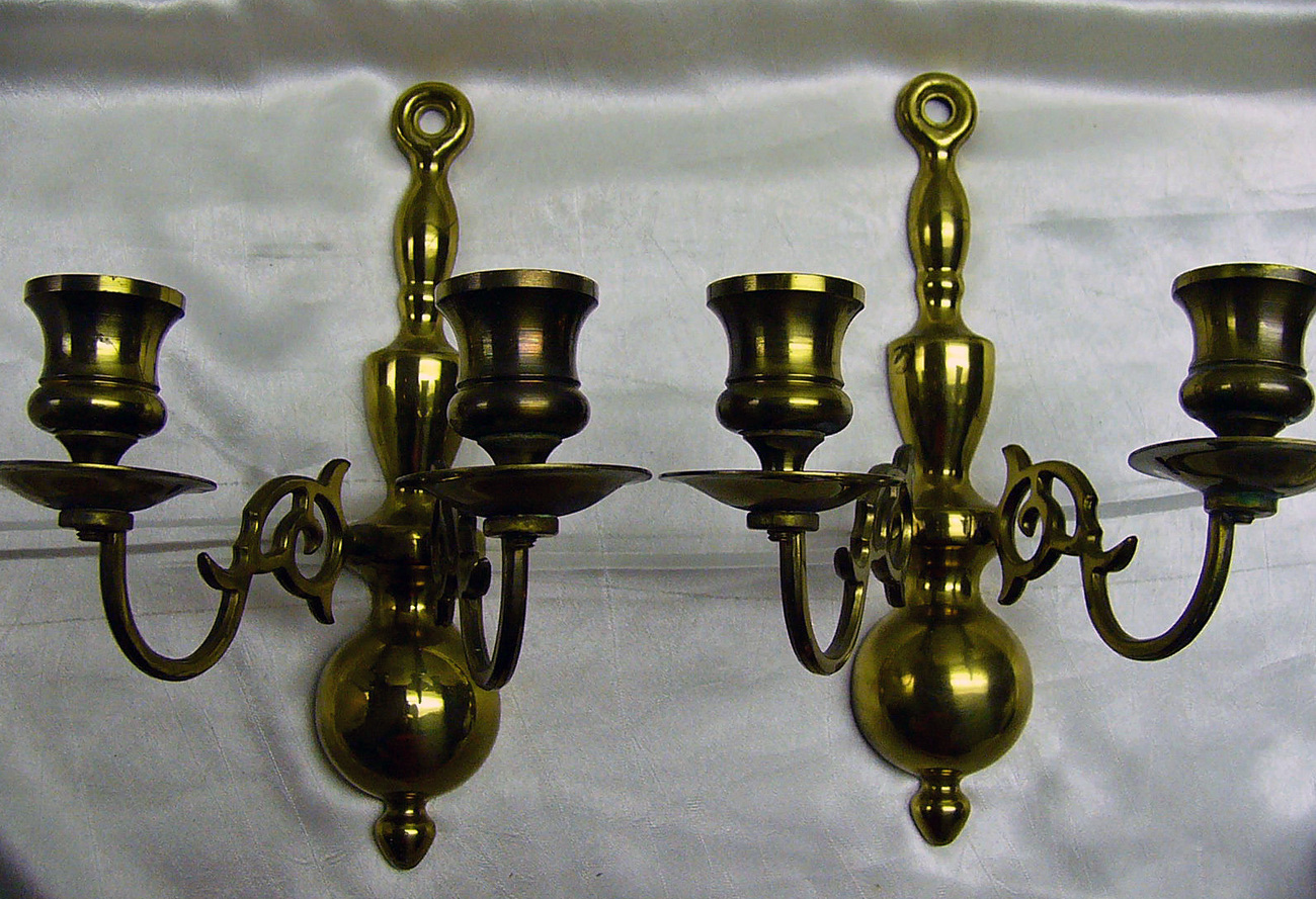 Pair Vintage Colonial Brass Wall Candle Sconces - Candle ... on Vintage Wall Sconce Candle Holder Decorating Ideas id=60825