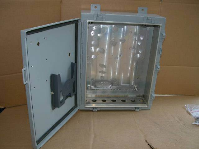 HOFFMAN Repeater Enclosure WI-FI VHF UHF GMRS 802.11b Ham