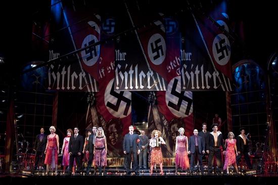 המחזמר מוצג בתיאטרון