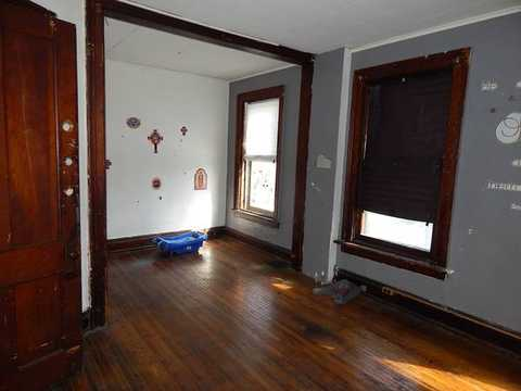 Bright Studio Painted Remodeled All Utilities Included Up And Coming A 84 Buffalo Ny