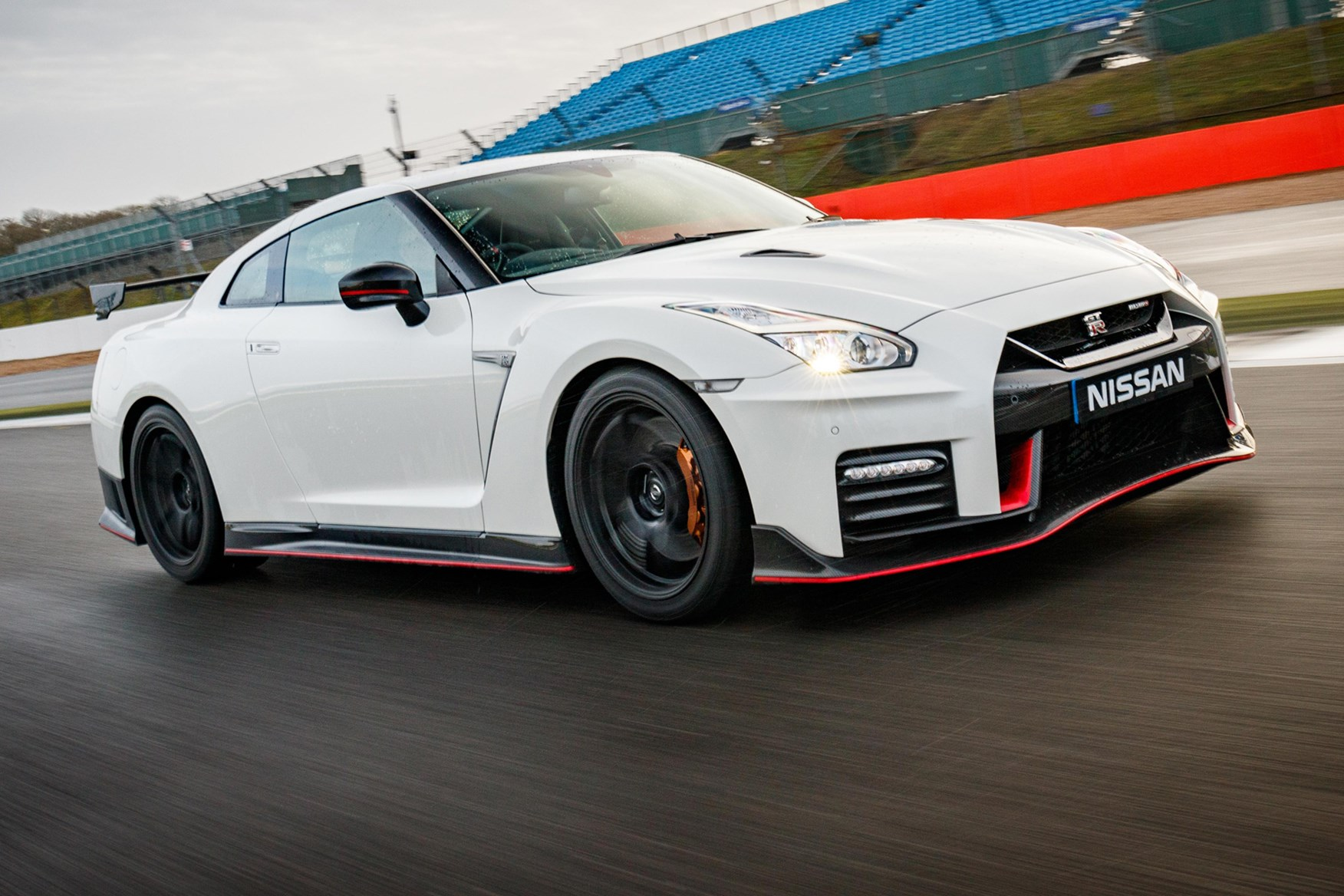 Nissan GT R Nismo 2017 Review By CAR Magazine