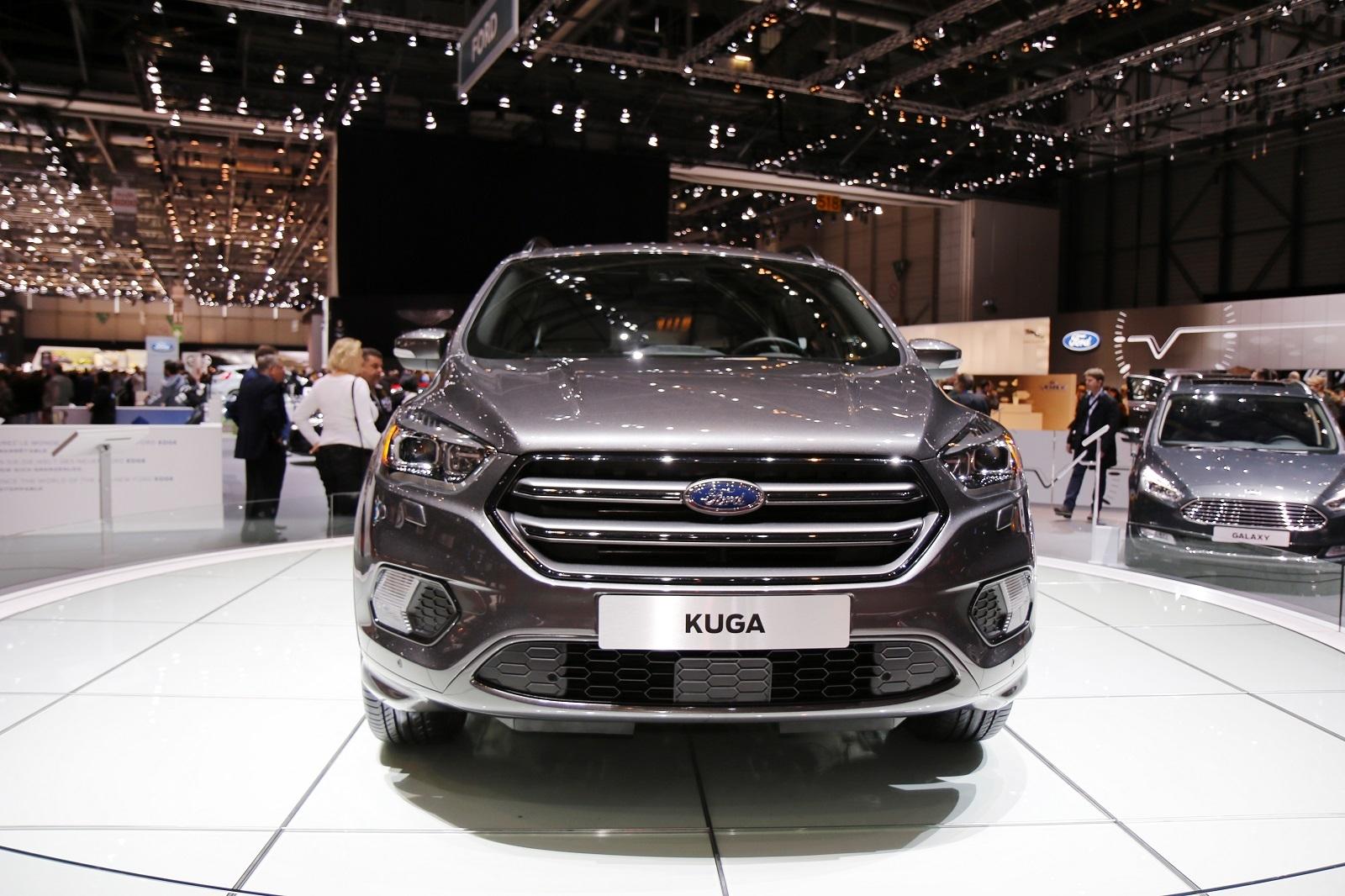 Ford Kuga Restyle La Mtamorphose Vido En Direct Du