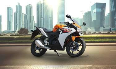 Honda CBR 150R Sports Bike
