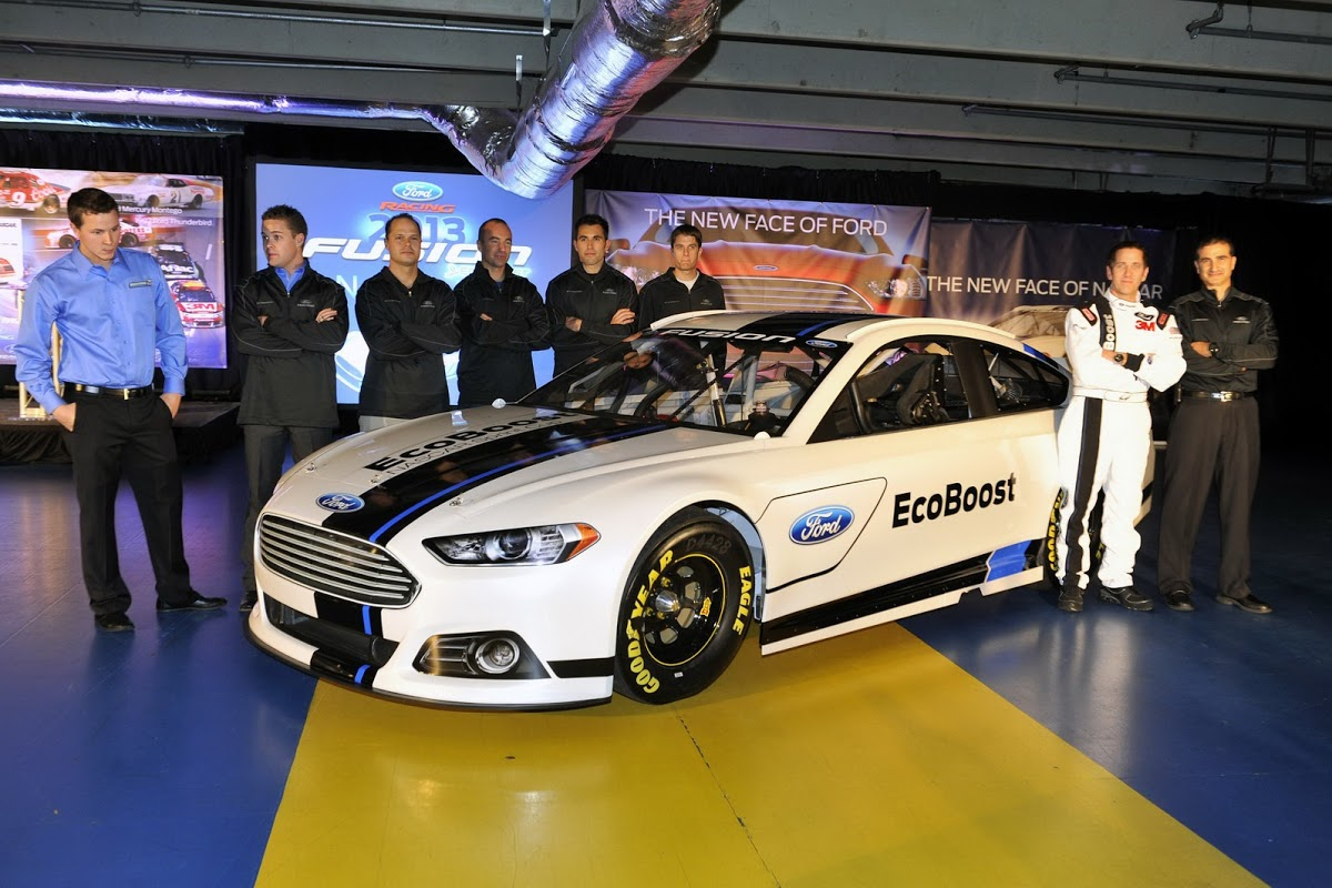 Live Photos Of Ford S New Fusion Nascar Racer