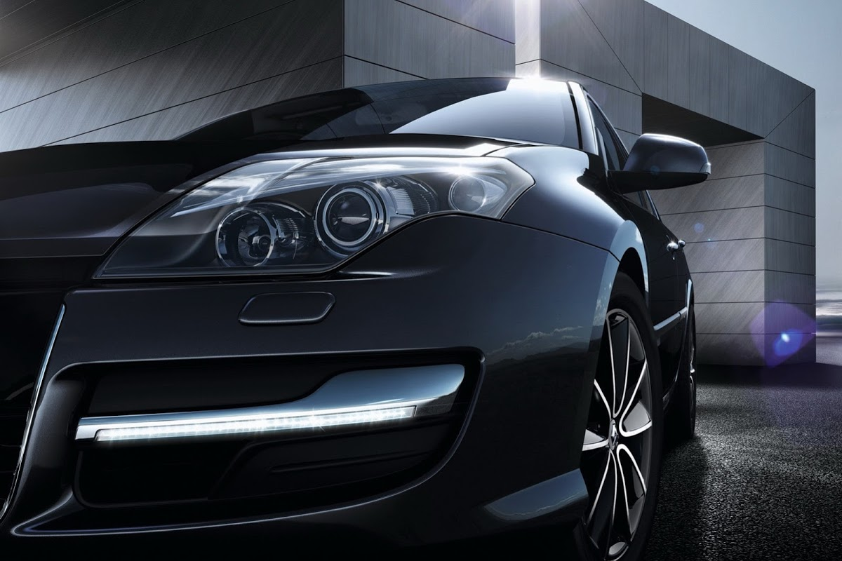 Renault Releases Laguna Collection 2013 With Subtle