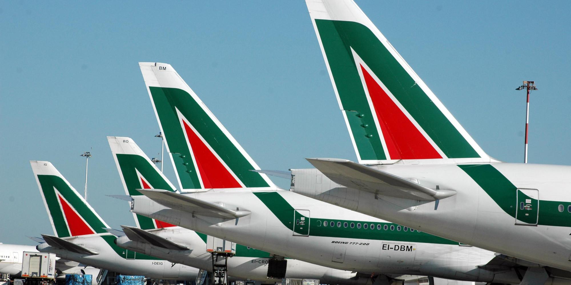 Alitalia, i biglietti aerei sono garantiti fino all'estate 2017