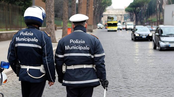 Al via il bando per l'assunzione di 30 vigili urbani