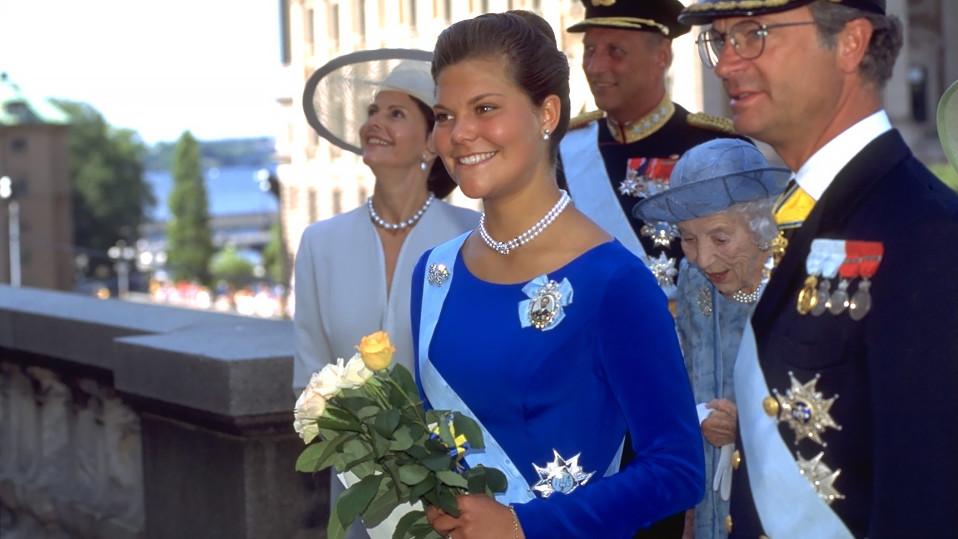 Kruununprinsessa Victoria vietti 18-vuotisjuhlaansa vuonna 1995.