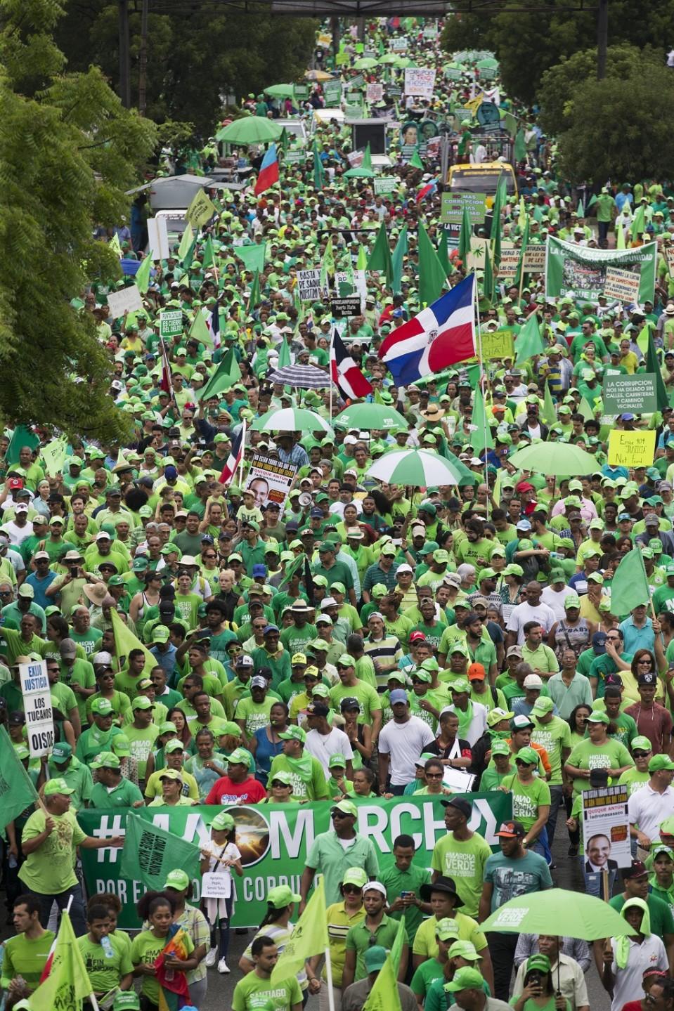 Tuhansia ihmisiä osallistui marssiin maan pääkaupungissa Santo Domingossa.