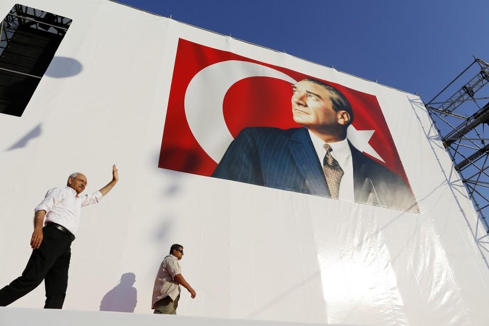 Tasavaltaisen kansanpuolueen (CHP) johtaja Kemal Kılıçdaroğlu.