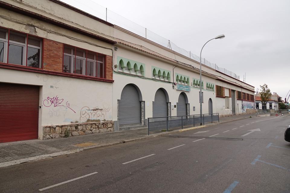 Moskeija Can Angladan alueella Barcelonassa.