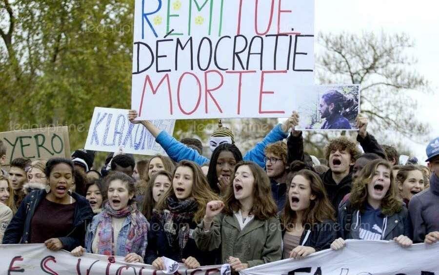https://i1.wp.com/images.charentelibre.fr/2018/01/09/5a54e4c97971bbfc49b2e4f9/golden/1000x625/la-mort-de-remi-fraisse-avait-donne-lieu-a-de-nombreuses-manifestations.jpg