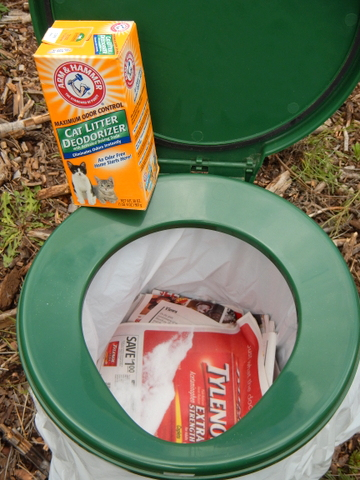 Here is an example of using a toilet multiple times. She lines it with newspaper between every use and sprinkles A&H Deodorizer on it. This toilet seat has a rubber gasket so it never leaks odor.