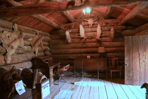 The Carter cabin left side.