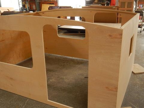 ruway-frame-wide