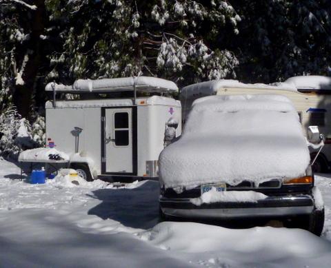 snow-trailer