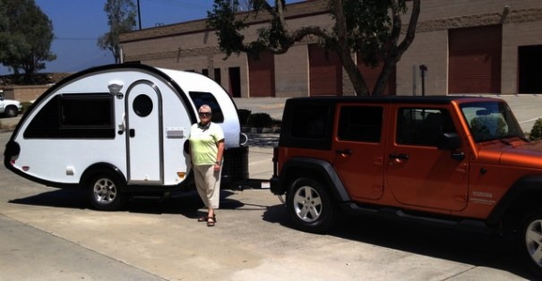 Sharon with her new t@b trailer and her beautiful 4-Door Jeep.