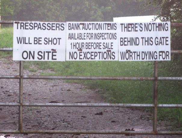 tiny-Auction-storage-no-trespassing-sign-tn1