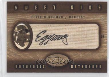2002 Fleer Showcase Sweet Sigs Lumber #15 - Elpidio Guzman - Courtesy of CheckOutMyCards.com