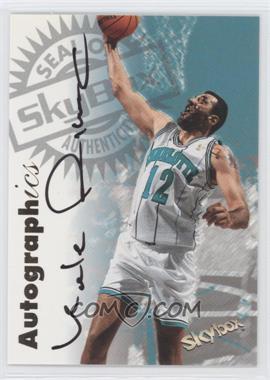 1997-98 SkyBox Premium Autographics #32 - Vlade Divac - Courtesy of CheckOutMyCards.com
