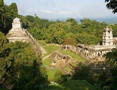 Arqueólogos mexicanos acceden a tumba de alto dignatario maya