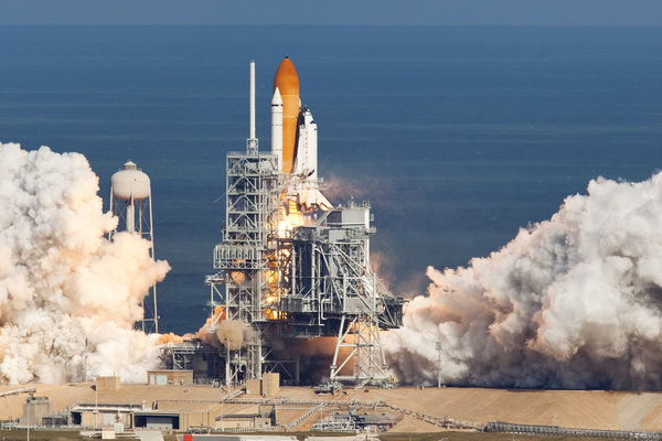 US space shuttle Atlantis lifts off on mission to ISS